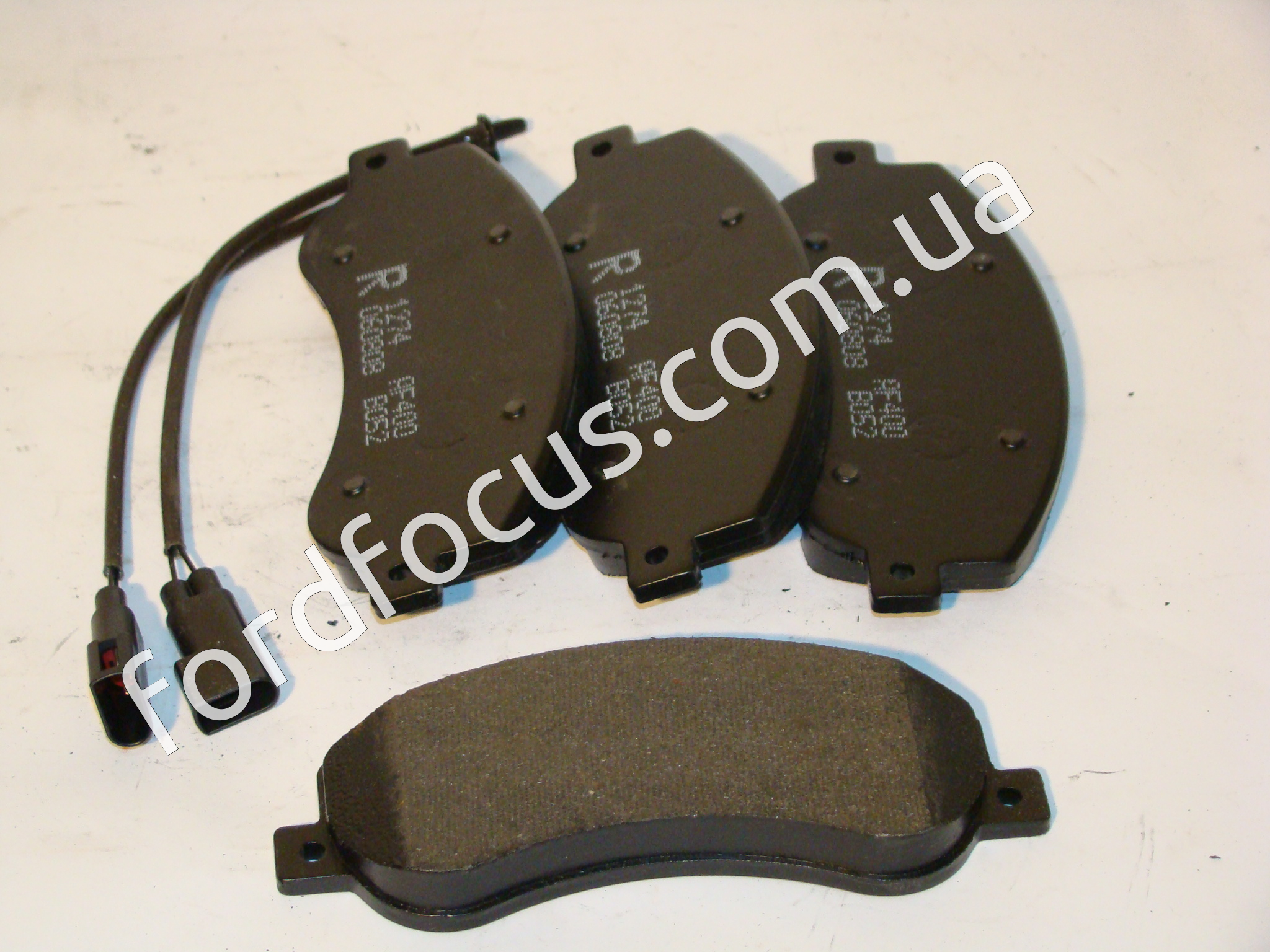 125102RE pads braking front FWD