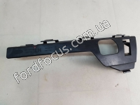 1335699 bracket front bumper left (hatchet)